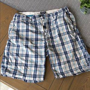 American Eagle Outfitters - AE Plaid